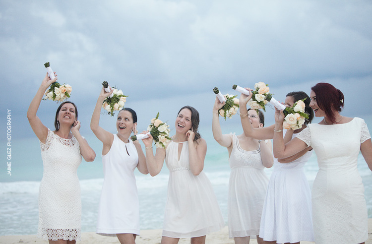cancun beach wedding pictures