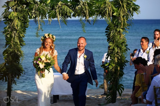Beach-Wedding-Playacar-Palace-and-Blue-Venado-Beach-Club-LA_0057 (1)